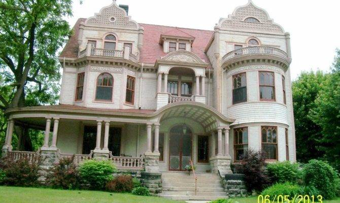 Thrift Monster Old House Queen Anne Victorian Galesburg