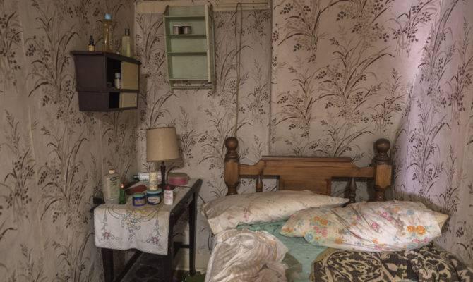 Tiny Bedroom Abandoned House Freaktography
