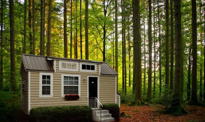 Tiny Retirement Home Builders