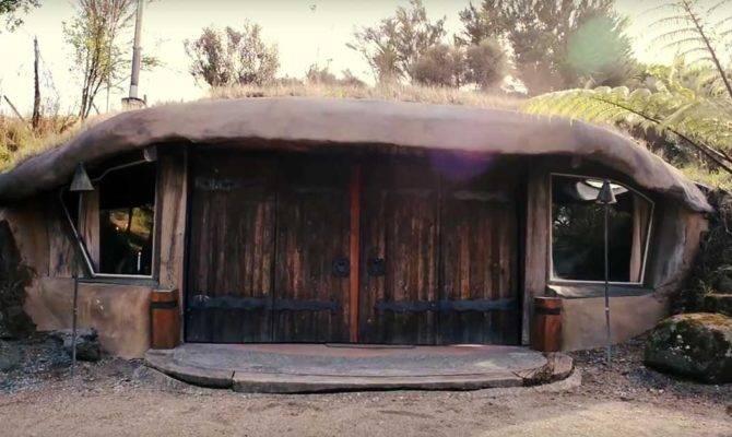 Tiny Underground Home Amazingly Surreal Video