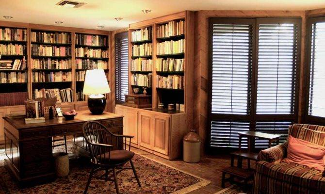 Tips Luxurious Home Office Look Interior Designing Ideas