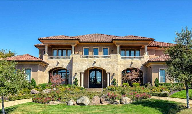 Top Magnificent Mediterranean Style Homes