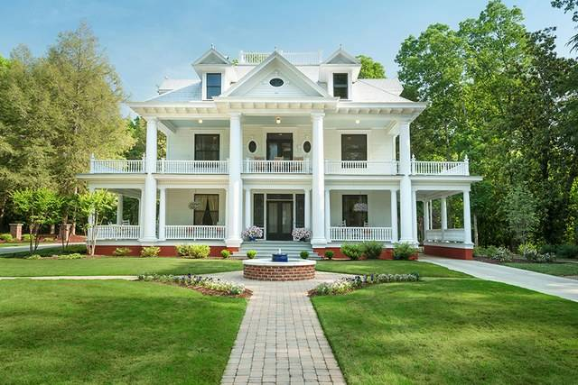 Tour Charming Year Old Southern Home Photos