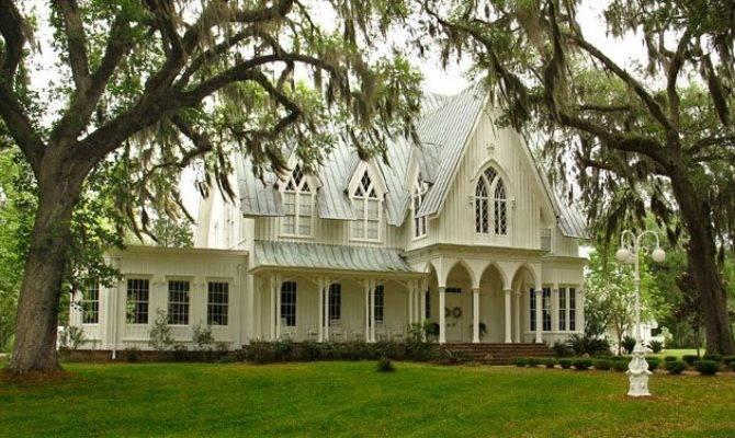 Tour Gothic Revival Splendor Rose Hill Mansion