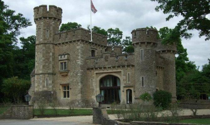Tower House Castle Court