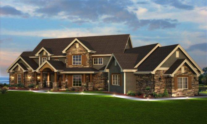 Traditional Style Home Floor Plan Six Bedrooms