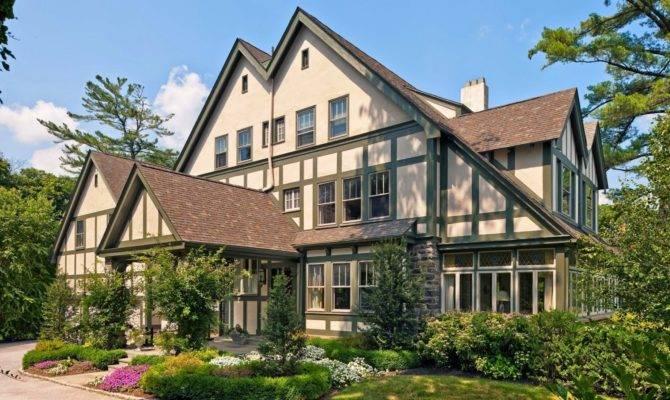Tudor Style House Home Designs