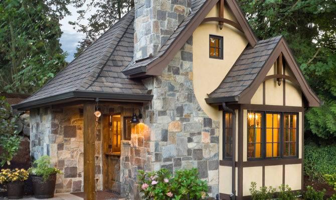 Tudor Style House Plan Beds Baths