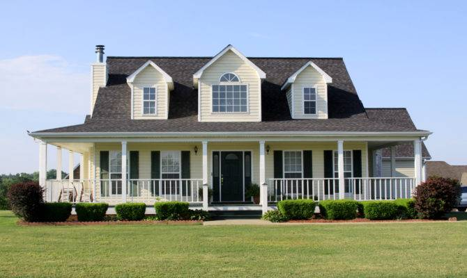 Ultimate Homeowners Guide Farmhouses Long Roofing