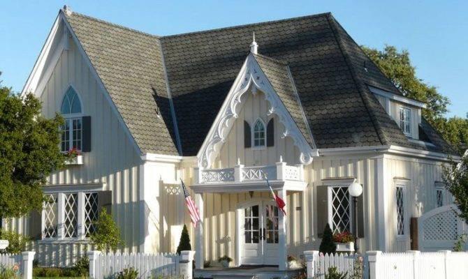 Victorian Carpenter Gothic House Steep Pitches Pinterest