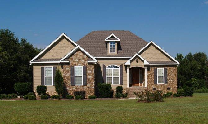 Vinyl Siding Services Repair Contractors