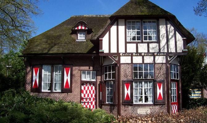 Virtual Software Dutch House