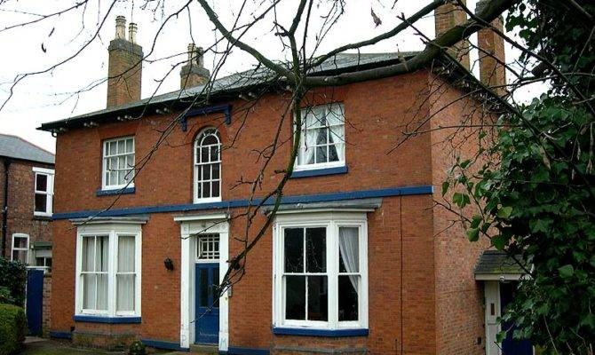Walk Through Bates Wallace Leicester
