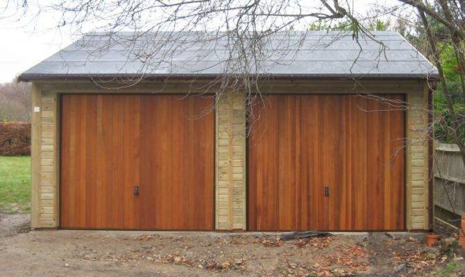 Warwick Garages Garage Timber