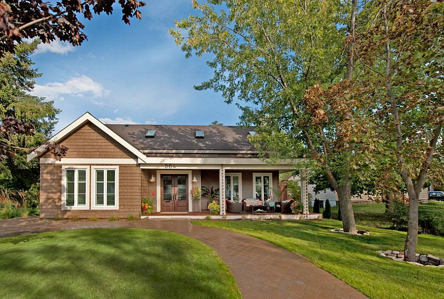 West Coast Cottage Style Bungalow Home British Columbia
