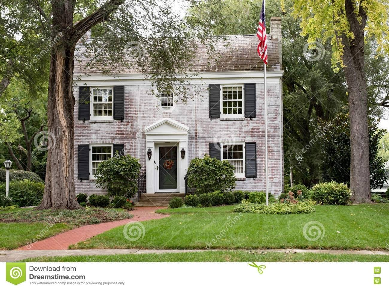 White Brick Colonial Color Trends