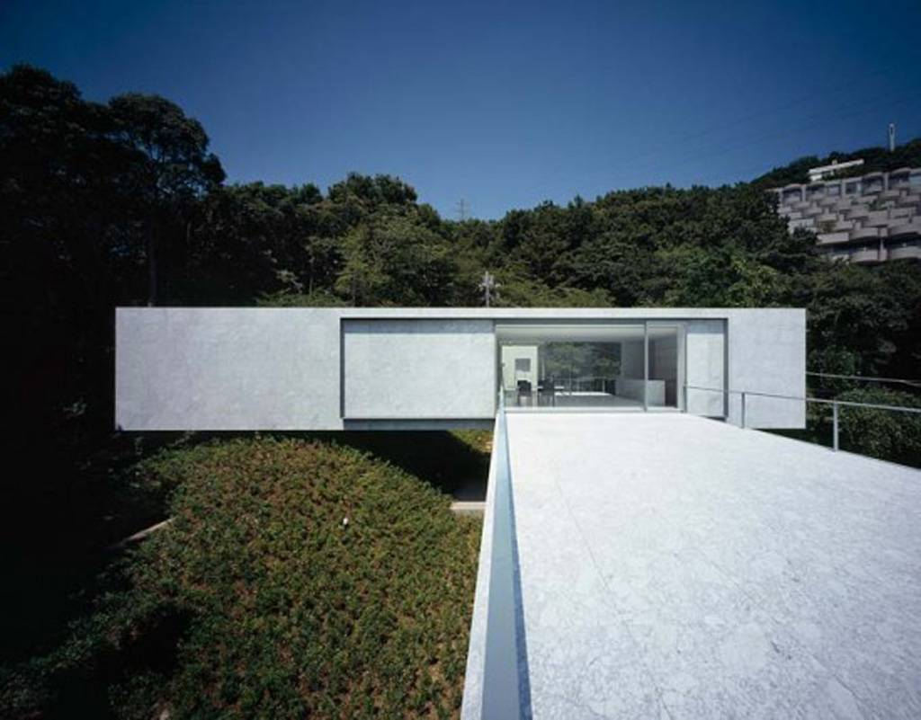 White Concrete House Construction Open Plan Interior Iroonie