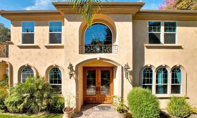 Windows Mediterranean Style Home Design