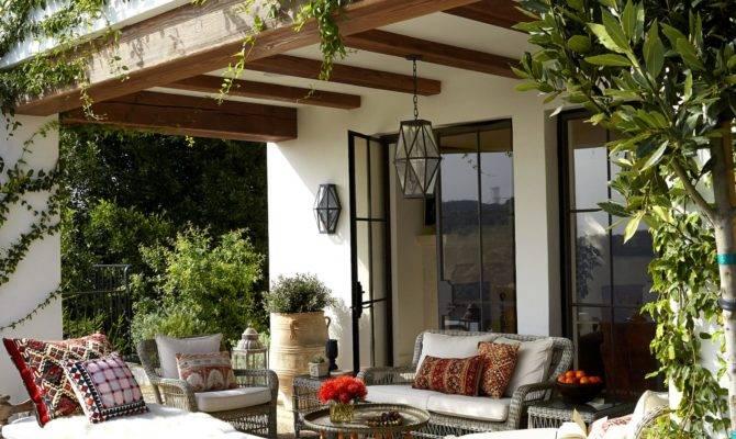Wonderful Outdoor Dining Area Design Decorating Ideas