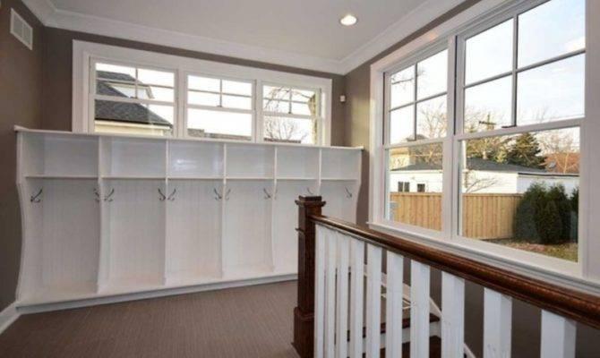 Wow House Wrap Around Veranda Two Fireplaces Giant Master Closet