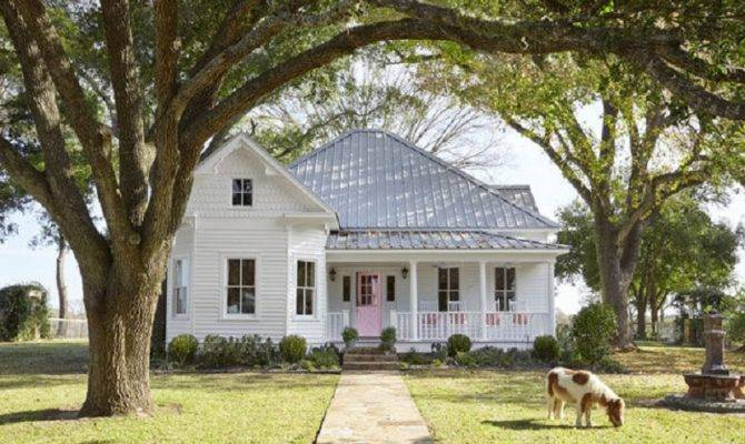 Year Old Victorian Texas Farmhouse Country Living