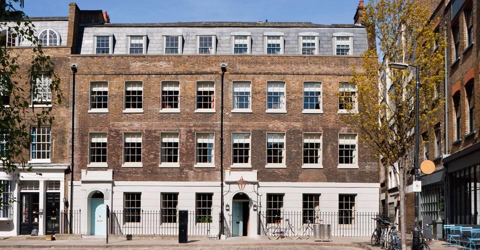 Zetter Townhouse Luxury Hotel London Les Deux Messieurs